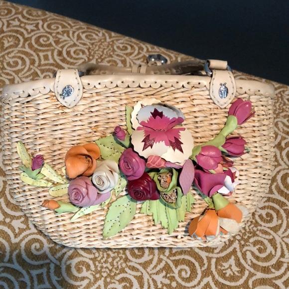 Brighton Handbags - Brighton straw bag with leather flowers